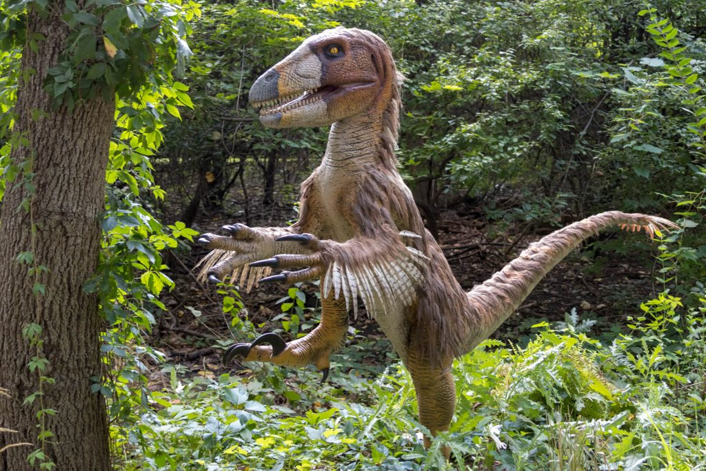 robot dinosaur world kinvert guide to animatronic dinos